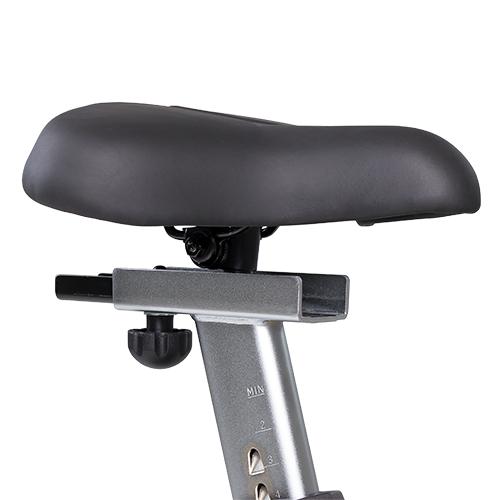CU800 Upright Bike